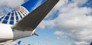 United Airlines B767-300ER