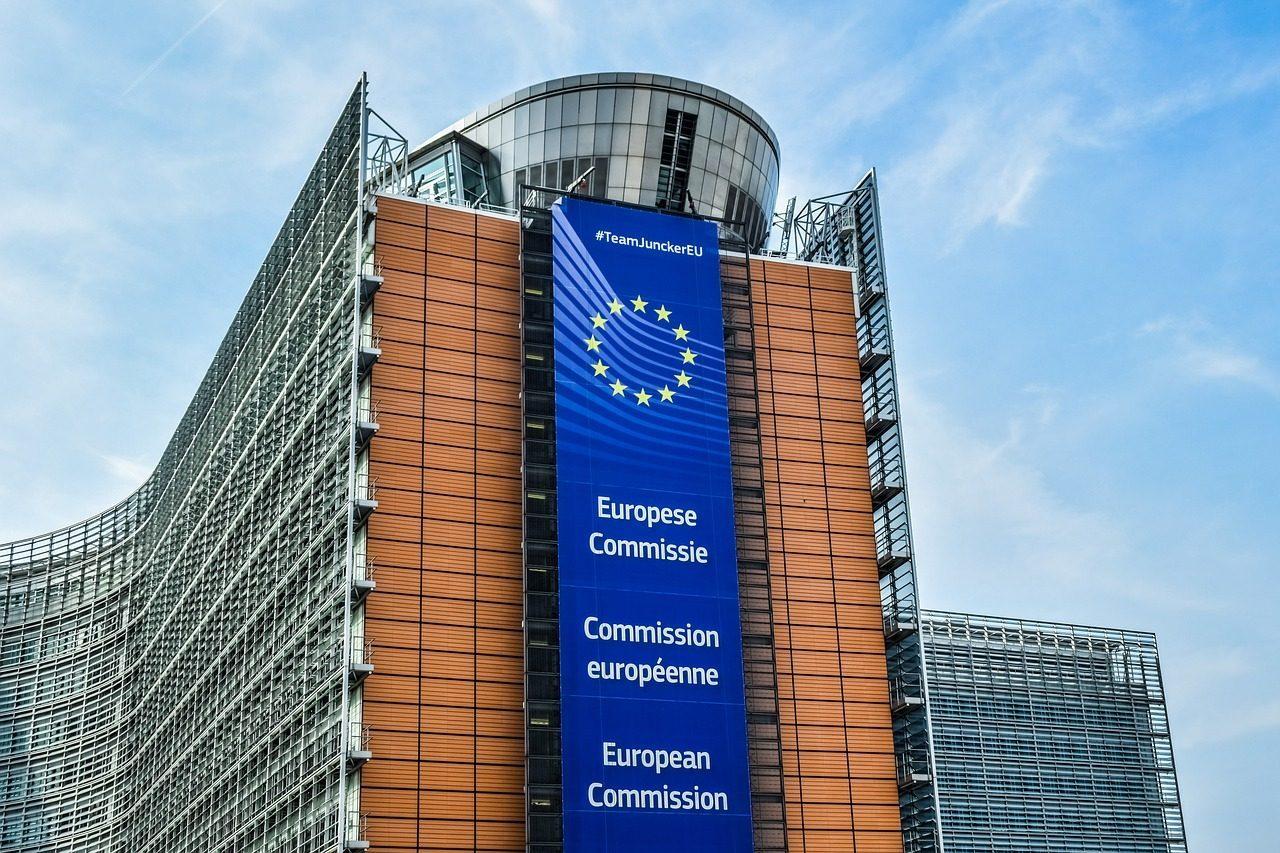 Covid-19 : l'Union européenne réduit encore la liste des pays autorisés pour les voyages