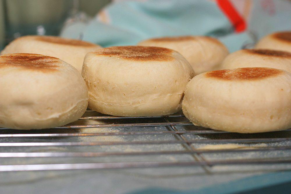 La recette des muffins anglais, stars du petit déjeuner à New York